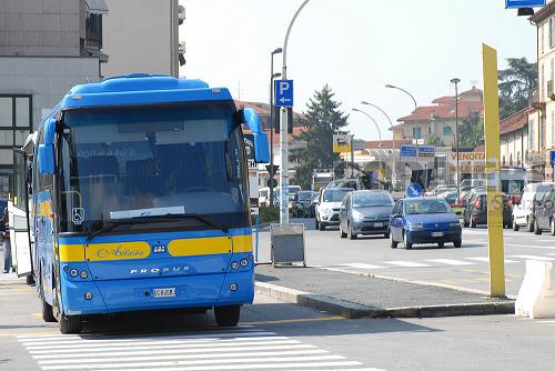 Bus sentinella per gli studenti